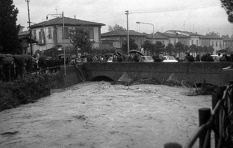 montevarchi-alluvione-novembre-1966-1