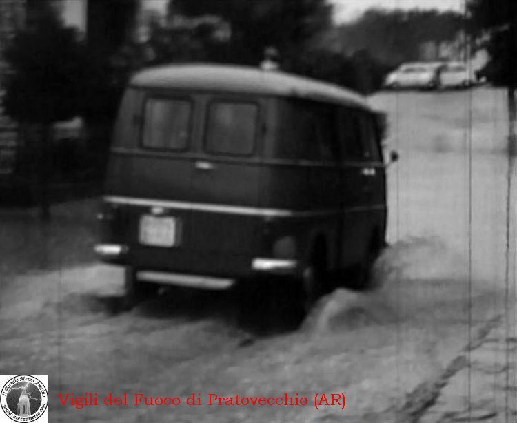 ponte-a-poppi-alluvione-novembre-1966-4