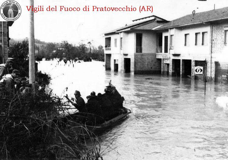 ponte-a-poppi-alluvione-novembre-1966-6