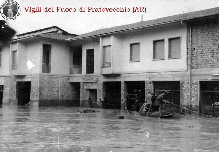 ponte-a-poppi-alluvione-novembre-1966-7